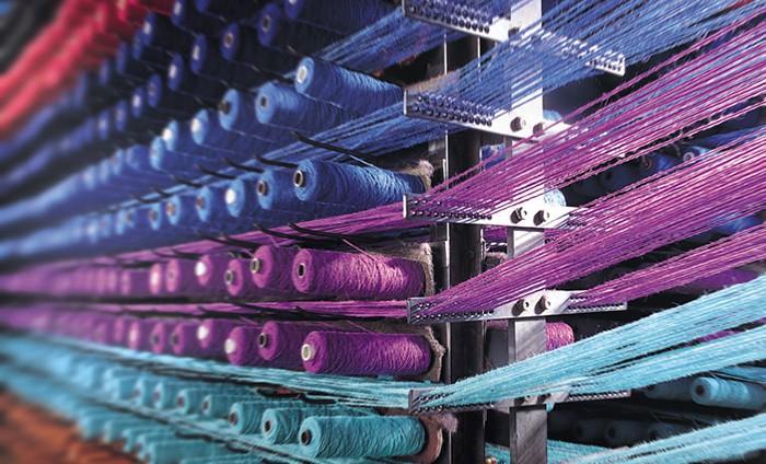 Axit oxalic giúp sợi vải giữ màu lâu hơn